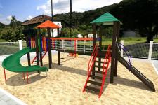 Parque Infantil P 19