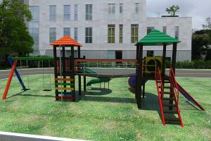 Parque Infantil P 28